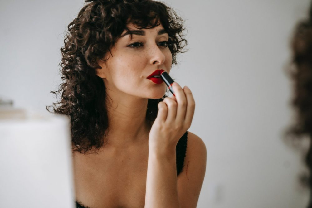 best-non-toxic-chemical-free-lipstick-brands-best-non-toxic-lifestyle-blogs-the-filtery