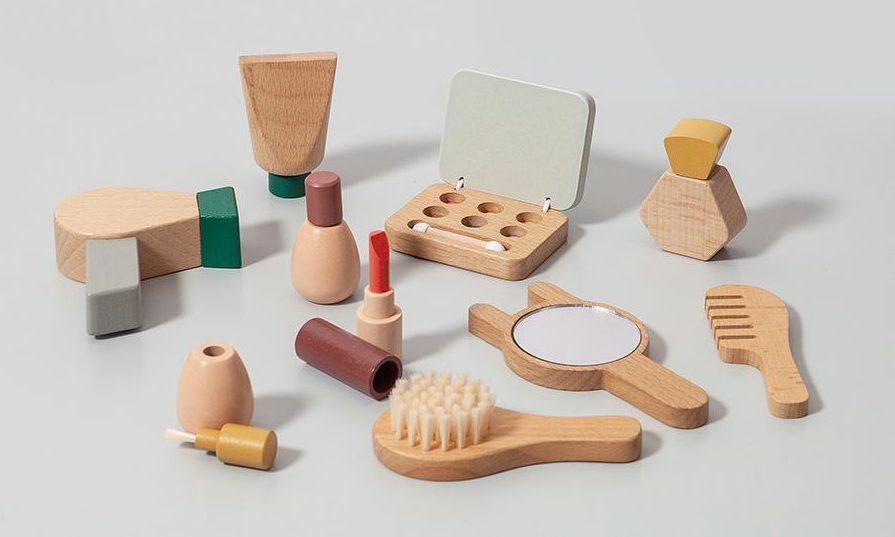non toxic wooden pretend fake toy makeup for kids petit monkey the filtery