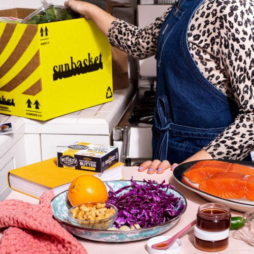 best-organic-christmas-gift-ideas-for-frontline-workers-organic-meal-subscriptions