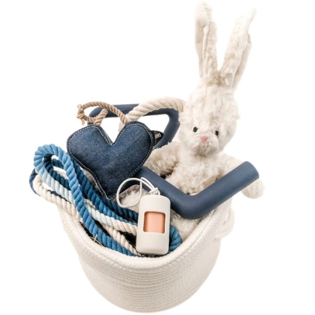 eco-friendly-natural-gift-ideas-for-dogs-dog-lovers-gift-baskets-for-dog-lovers