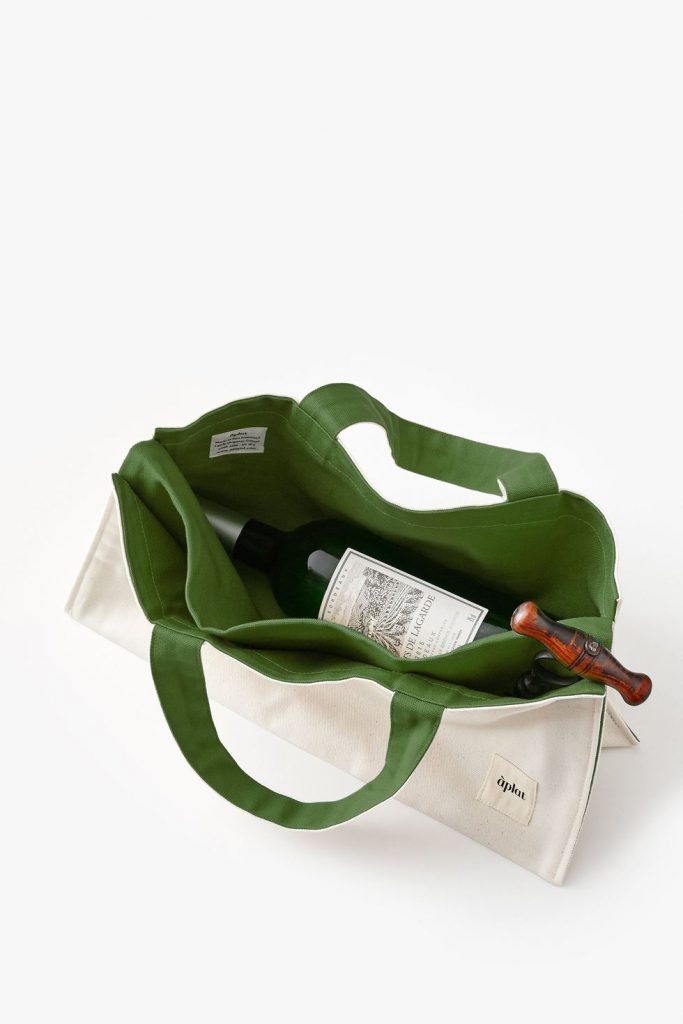organic-christmas-present-ideas-for-women-organic-wine-tote-made-trade-the-filtery