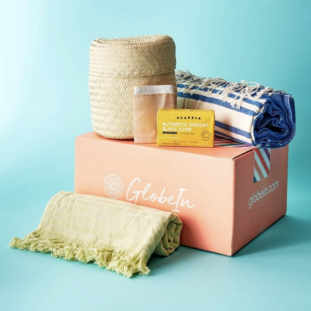 organic-fair-trade-ethically-made-sustainable-gift-box-subscription-gift-ideas-globein