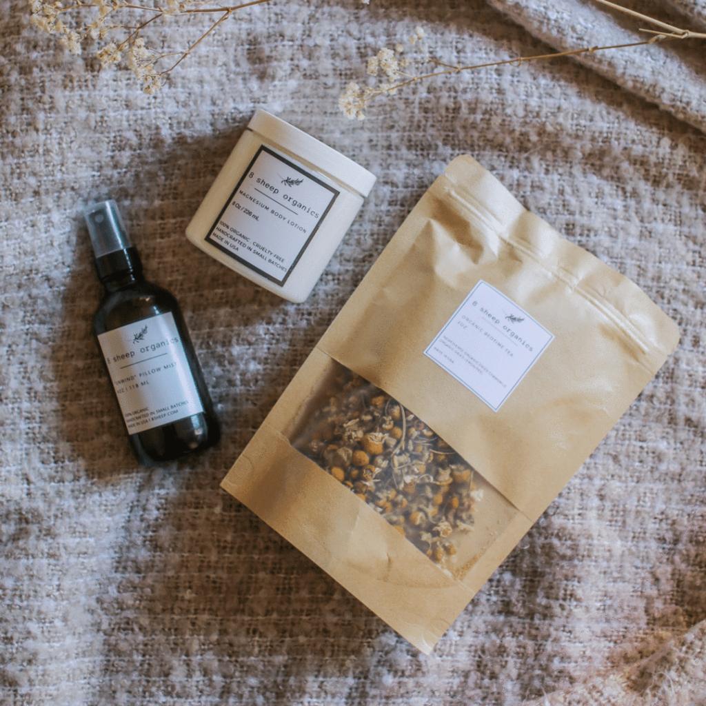 organic-gift-ideas-for-new-moms-parents-organic-tea-8-sheet-organics-the-filtery